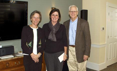 S.T.A.R. Board member Lynda Cutone accepts a grant f
